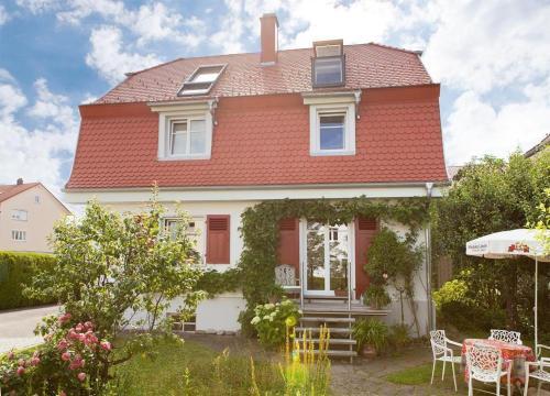 Ferienwohnung Beletage - Apartment - Wangen im Allgäu