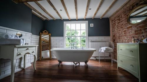 The Vicarage - Photo 8 of 30