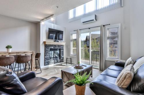 Fenwick Vacation Rentals- 1 Bedroom plus loft with views