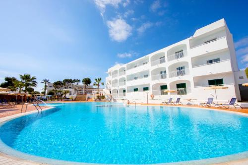. Gavimar Ariel Chico Hotel and Apartments