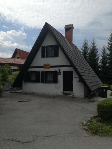Hugo's House - Rakitna