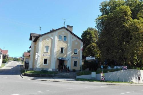 Schöne, helle Wohnung im Urlaubsland Bayern - Apartment - Bobingen