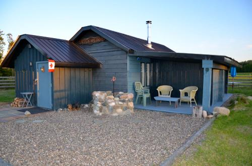 Woodhouse Cottages And Ranch - Accommodation - Prince George