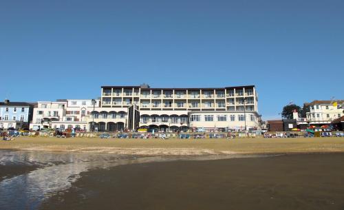 Sandringham Hotel - Seafront Sandown