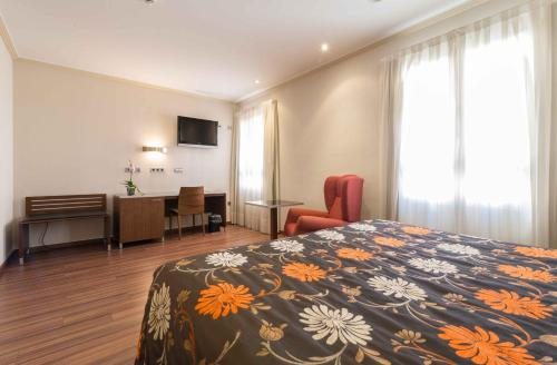 Hotel El Churra фотографии номера
