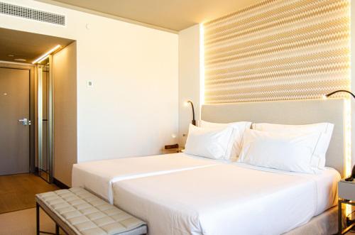 EPIC SANA Marquês Hotel - image 3