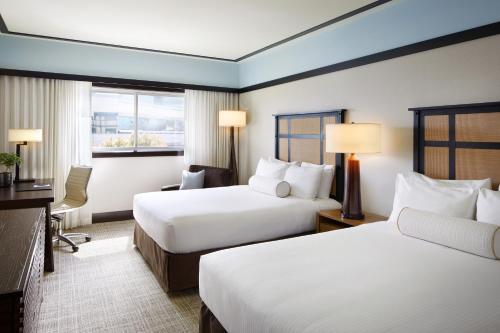Ambrose Hotel - image 6