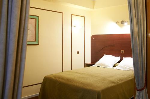 Hotel Maillot photo 4