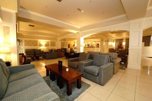 . Killarney Riverside Hotel