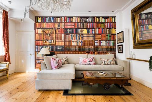 Sherlock's Hidden Home