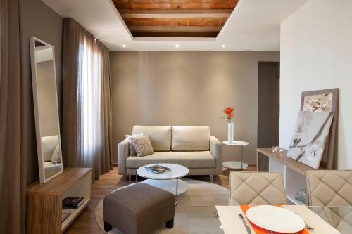 Barcelona Apartment Mila