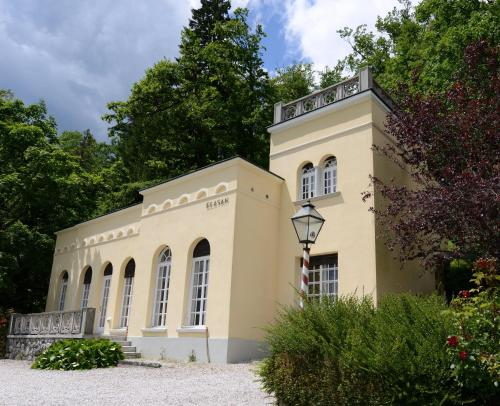 Villa Elasan - Accommodation - Bled