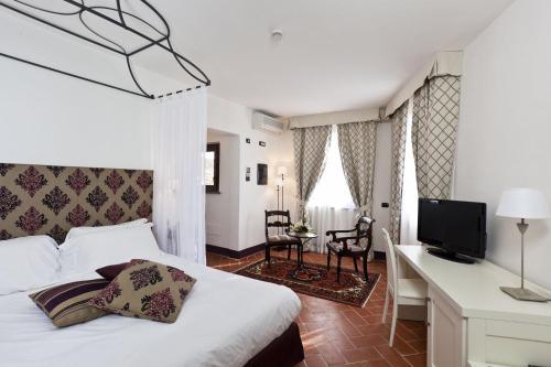 . Hotel San Miniato