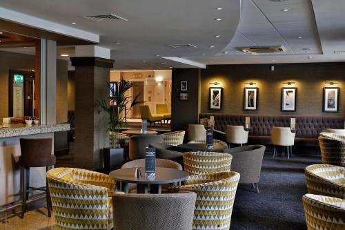 Best Western Manchester Altrincham Cresta Court Hotel - Photo 1 of 66