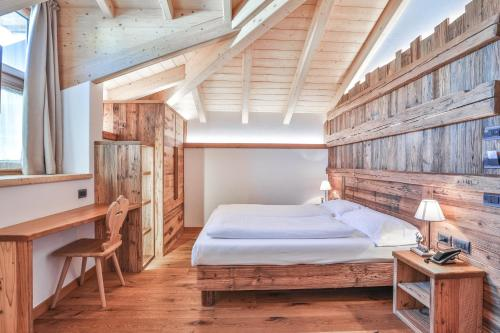 Garni Maso San Michele - Hotel - Cavalese