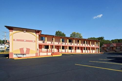 The Regal Inn And Suites