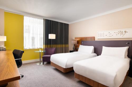 Hilton London Wembley - image 11