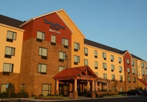 . TownePlace Suites by Marriott Bowling Green