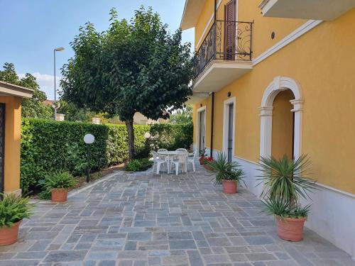 VITTORIA HOUSE - Apartment - Celano