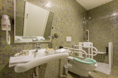 Rimske Terme - Hotel Zdraviliski Dvor szoba-fotók
