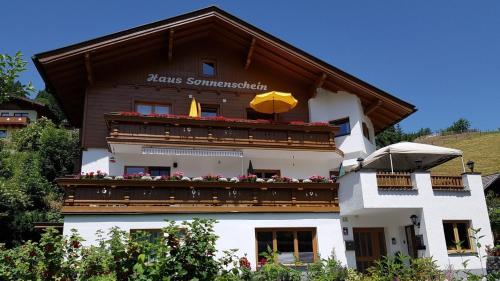 Haus Sonnenschein - Apartment - Saalbach Hinterglemm