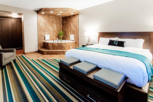 Hotel Blackfoot - Calgary, AB T2H 2B5