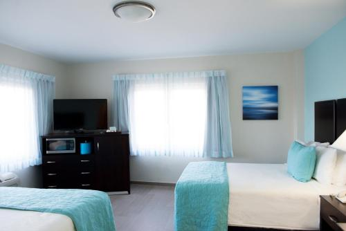 Hotel Sheldon - Hollywood, FL 33010