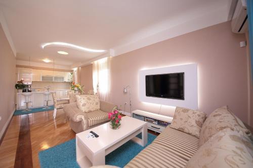 . Apartments Aleksandra