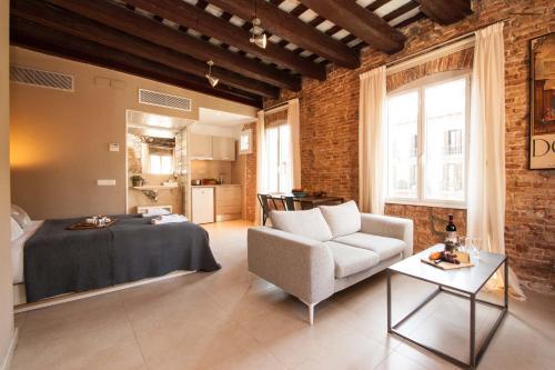 Decô Apartments Barcelona-Born St. photo 18