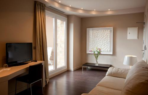 Suite with Terrace Hotel Rural Valdorba 11