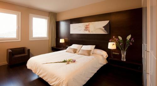 Suite with Terrace Hotel Rural Valdorba 10