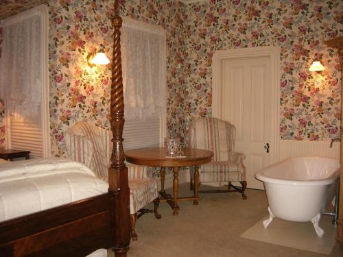Bradford Place Inn (california)