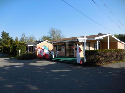 Acadia Gateway Motel - Trenton, ME 04605