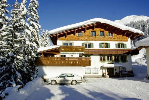 Hotel Pension Alpenrose - Lech