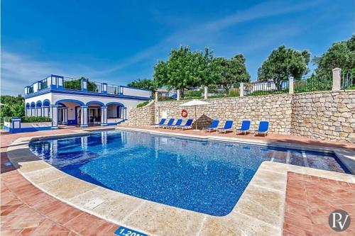 Boliqueime Villa Sleeps 12 Pool Air Con Wifi