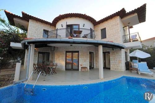 Kas Villa Sleeps 13 Pool Air Con - Accommodation - Kas