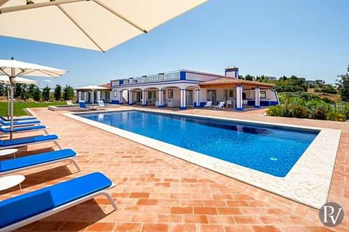 Boliqueime Villa Sleeps 8 Pool Air Con Wifi