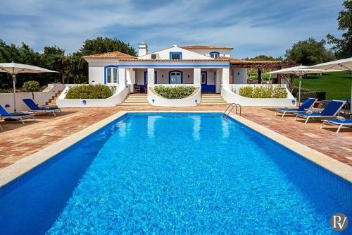 Boliqueime Villa Sleeps 10 Pool Air Con Wifi