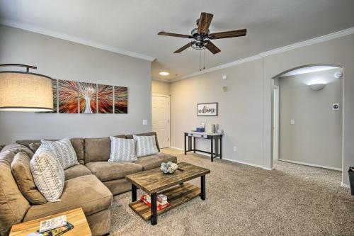 Resort-Style Condo with Patio, 2 Mi to Golfing - Apartment - Mesa