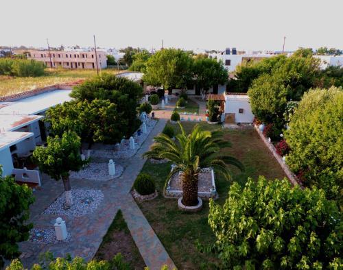 . Avra Studios & Apartments