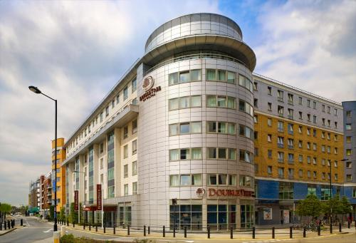 Doubletree By Hilton London Chelsea picture 1 of 30