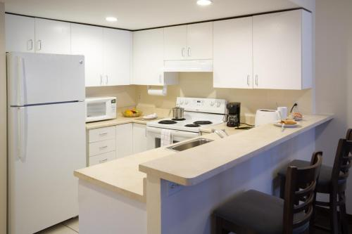 Candlewood Suites Montreal Downtown Centre Ville - Photo 4 of 33