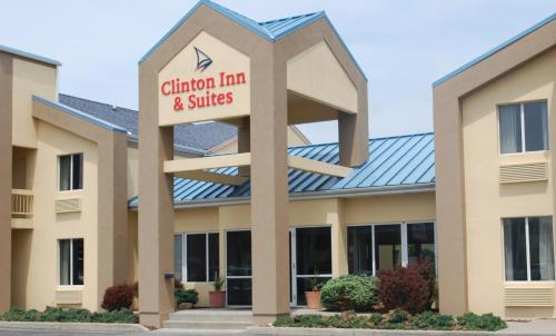 . Clinton Inn & Suites