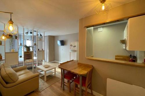Appartement Calme avec Garage en Centre Historique - Location saisonnière - Orléans