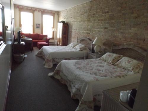 Hermanns European Inn - Accommodation - Cadillac