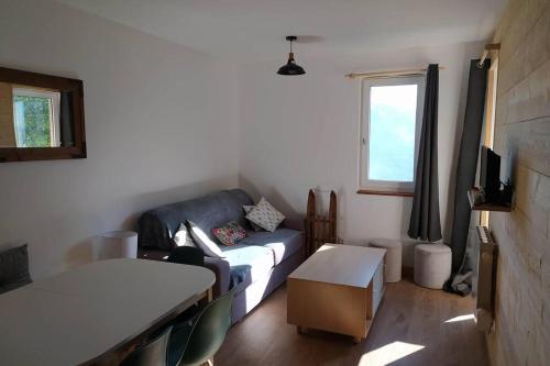 Appart ac balcon neuf 2chbrs- 6p - Pied des pistes - Apartment - Valle du Louron / Loudenvielle