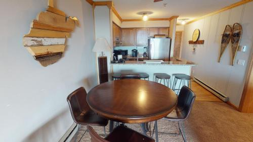 Newly Renovated 2 Bedroom 2 Bath; Snowcrest Walking Distance to Slopes - Apartment - Snowshoe