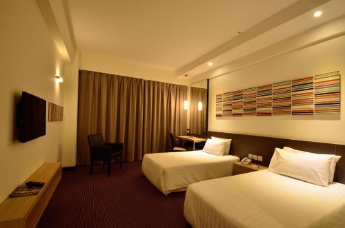 Starcity Hotel - Photo 5 of 22