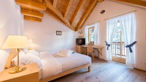 Chalet Cima Uomo - Hotel - Passo San Pellegrino