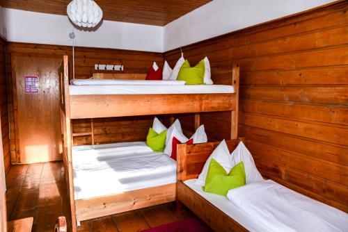 Gjaid-Alm 1738m am Dachstein-Krippenstein - Hotel - Obertraun/Dachstein